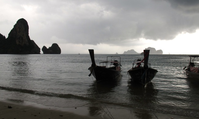 Longtail boats at Tonsai in the evening. (Will Jackson)